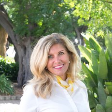 Donna Ytsma, Sales representative