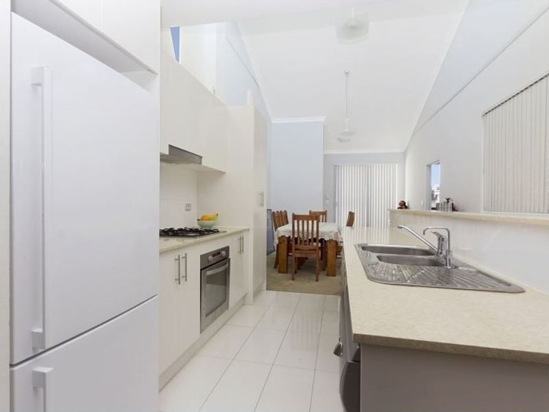 95/11 Glenvale Avenue, Parklea NSW 2768, Image 2