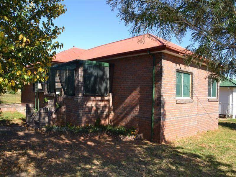 82 Cobborah Street, Dunedoo NSW 2844, Image 1