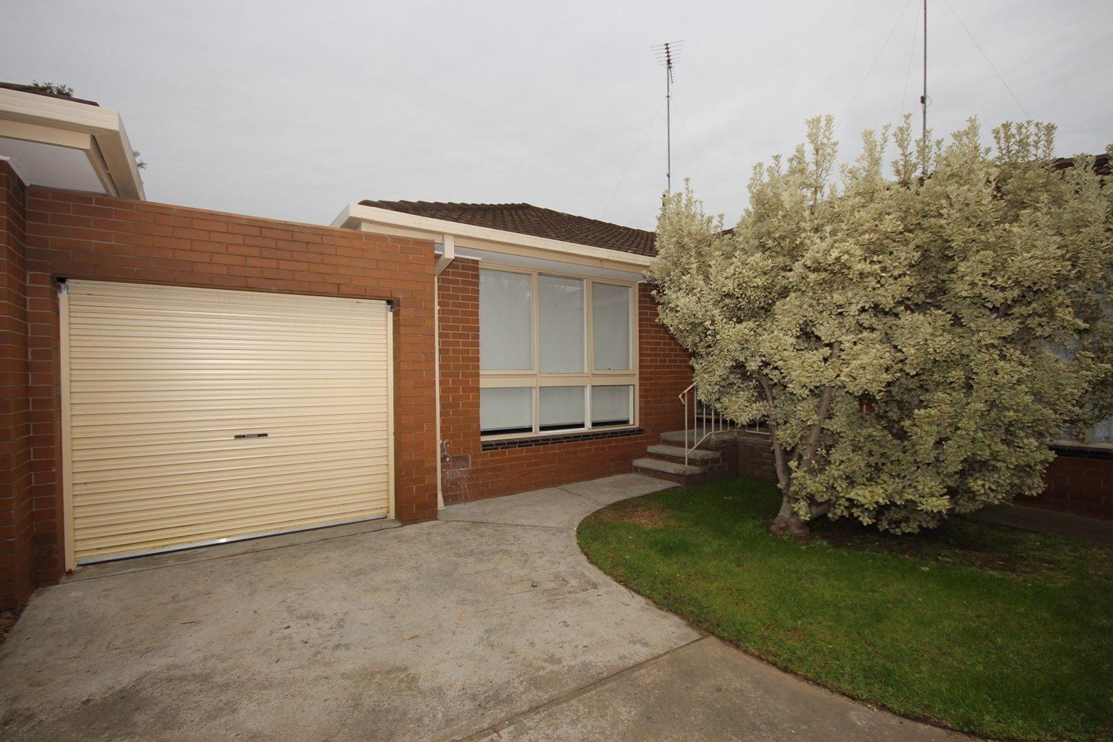 8/8-10 Ballater Avenue, Newtown VIC 3220, Image 0