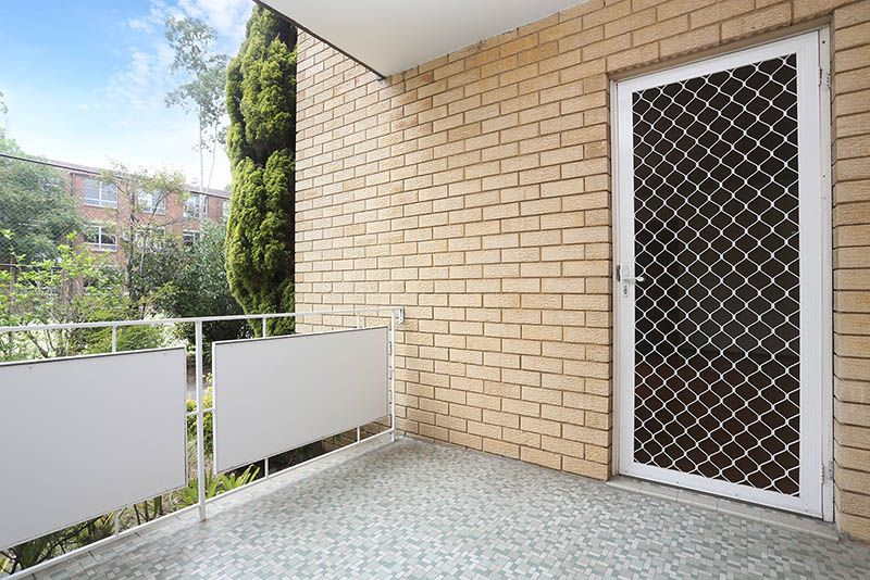 4/8 Essex Street, Epping NSW 2121, Image 2
