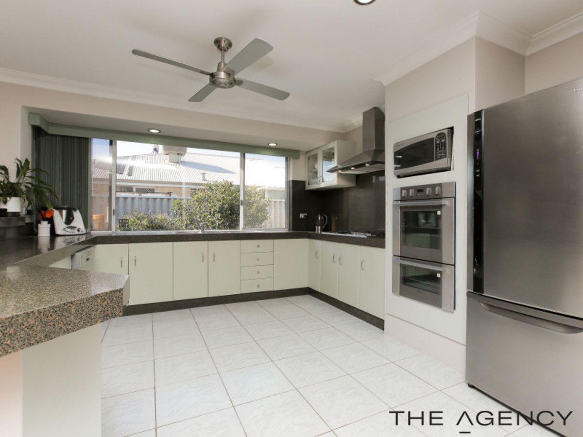 6 Ambergate Close, Canning Vale WA 6155, Image 1