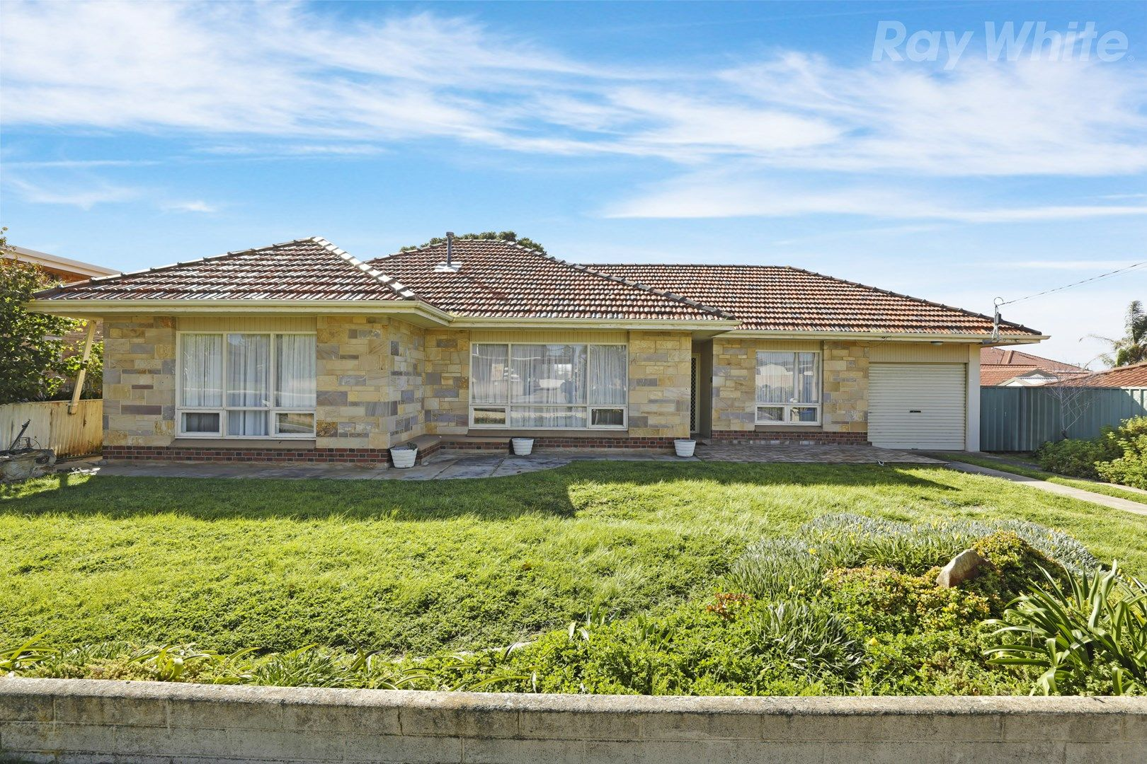 18 Graydale Street, West Beach SA 5024, Image 0