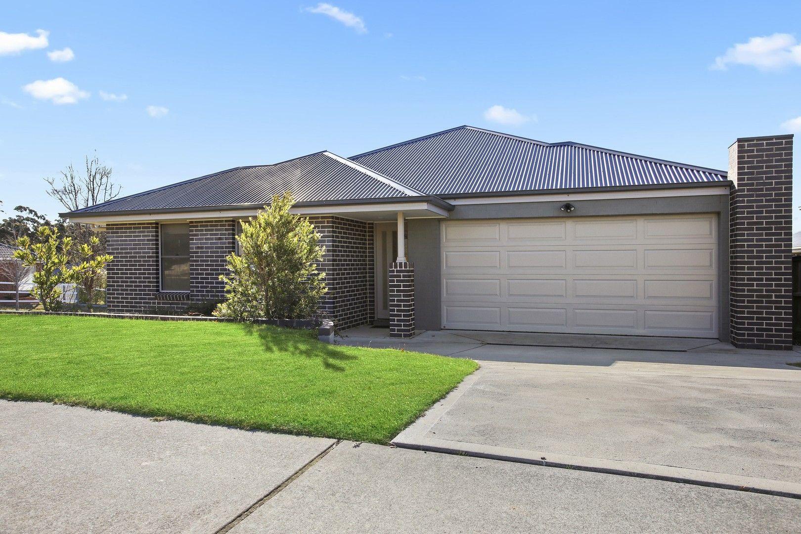 18 Garran Ave, Renwick NSW 2575, Image 0