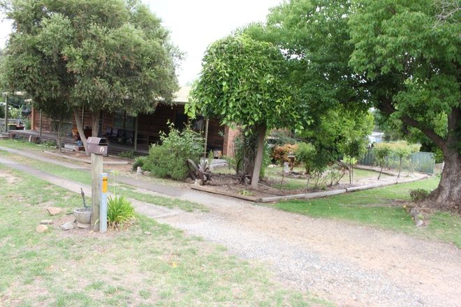 Picture of 10 Mckay St, CORRYONG VIC 3707