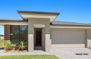 Picture of 11 Ezra St, Cranbourne East VIC 3977