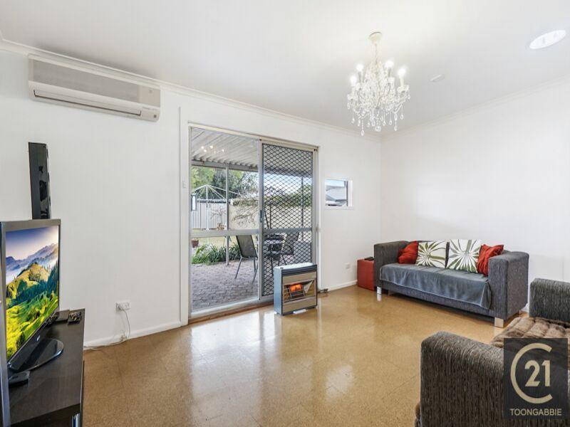 20 Derbyshire Avenue, Toongabbie NSW 2146, Image 1