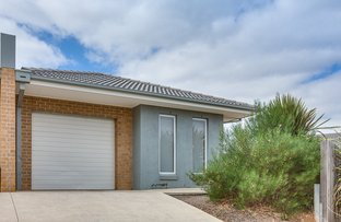 Picture of 4/11-15 Silverdale Drive, Bacchus Marsh VIC 3340