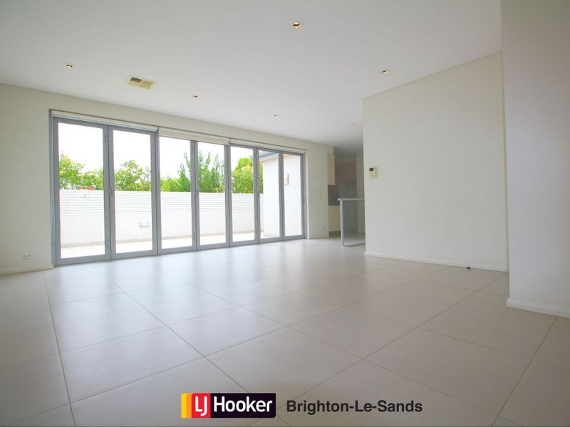 165 The Grand Parade, Monterey NSW 2217, Image 2