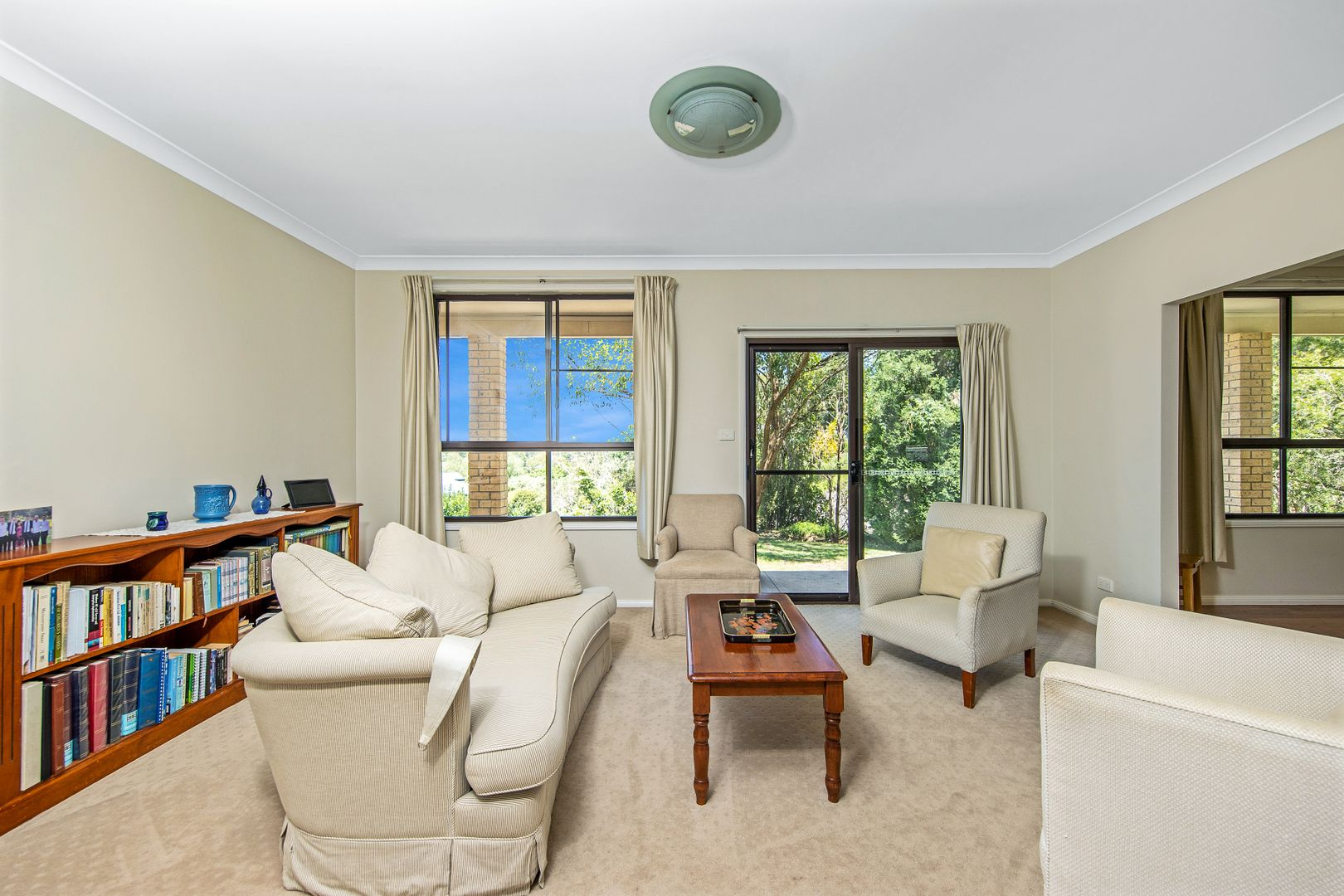 23 Lowana Crescent, Kahibah NSW 2290, Image 2