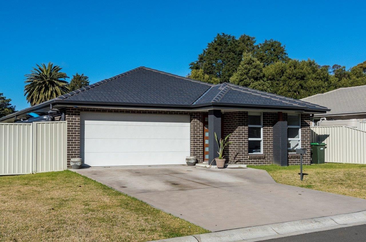 1 Emerald Court, Colo Vale NSW 2575, Image 0