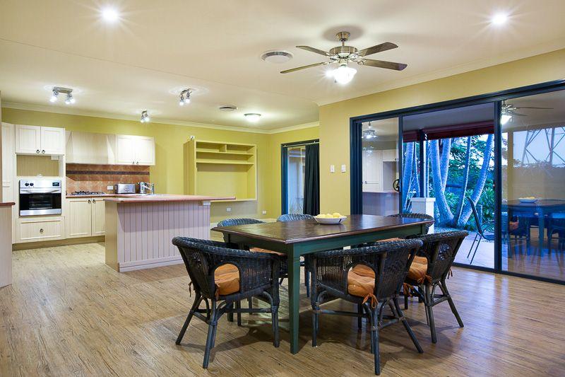 64 Derwent Place, Riverhills QLD 4074, Image 2