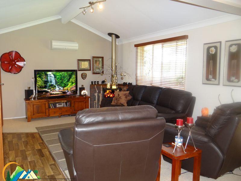 10 Hart Street, Blackbutt QLD 4314, Image 2