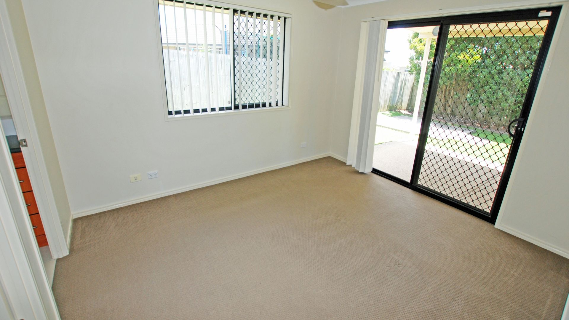 6 Abraham Close, Morayfield QLD 4506, Image 2