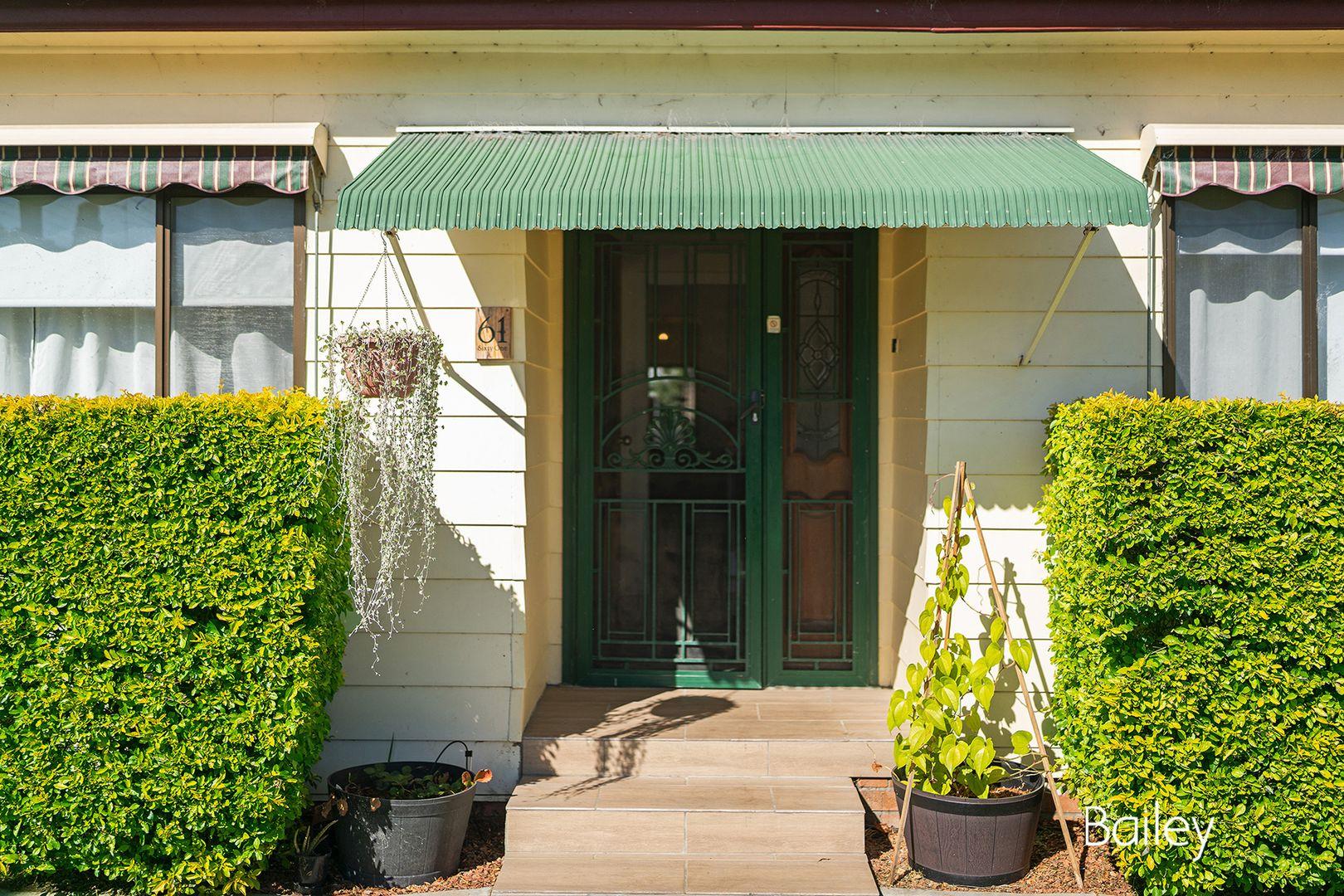61 Kelso  Street, Singleton NSW 2330, Image 2