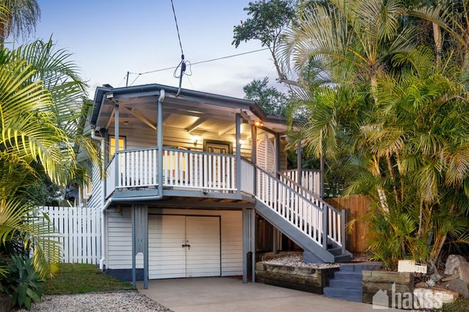 Picture of 315 Long Street East, GRACEVILLE QLD 4075
