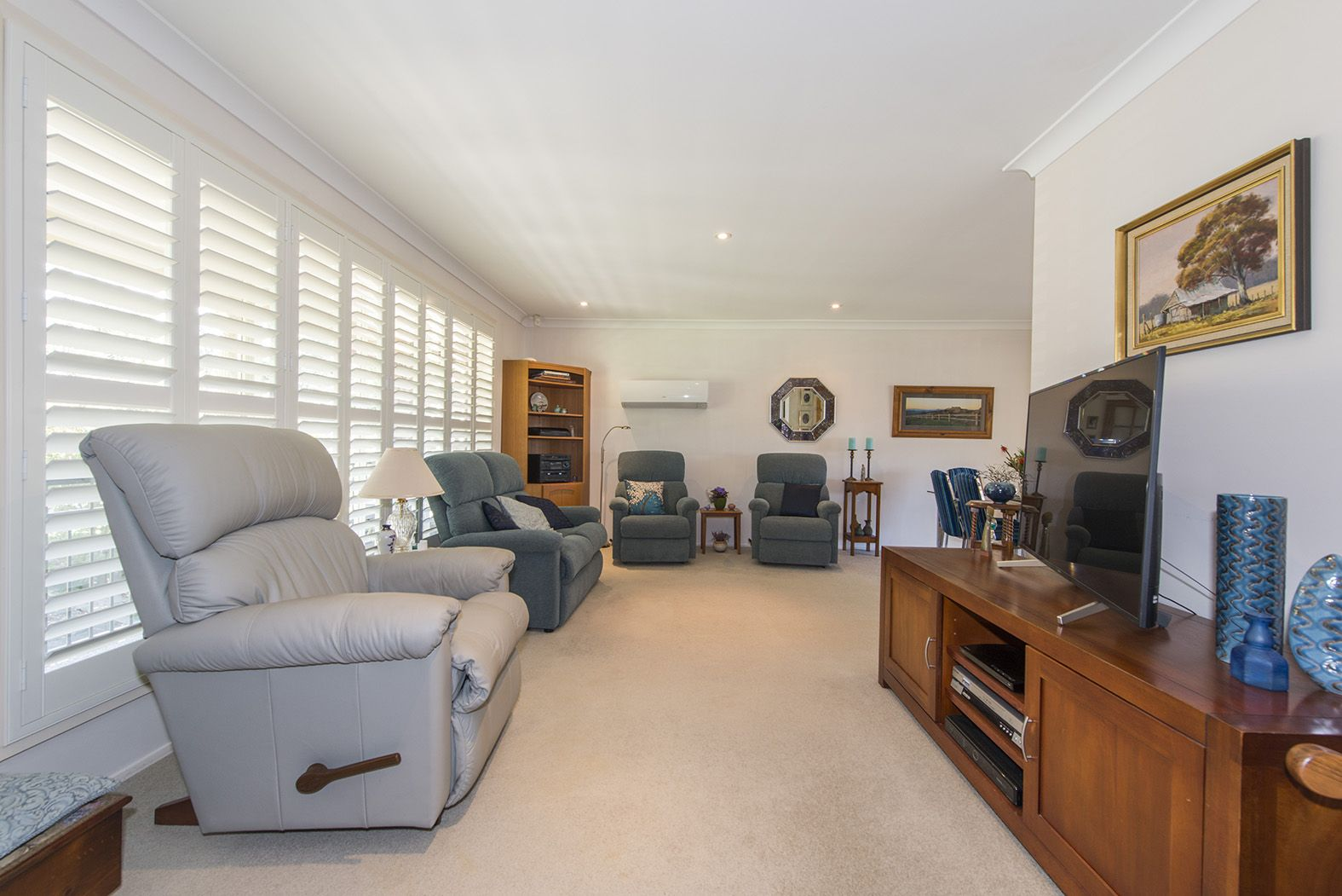 9 Collins Crescent, Lapstone NSW 2773, Image 1