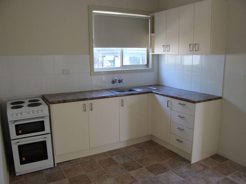 38 Goundry Street, Gateshead NSW 2290, Image 2