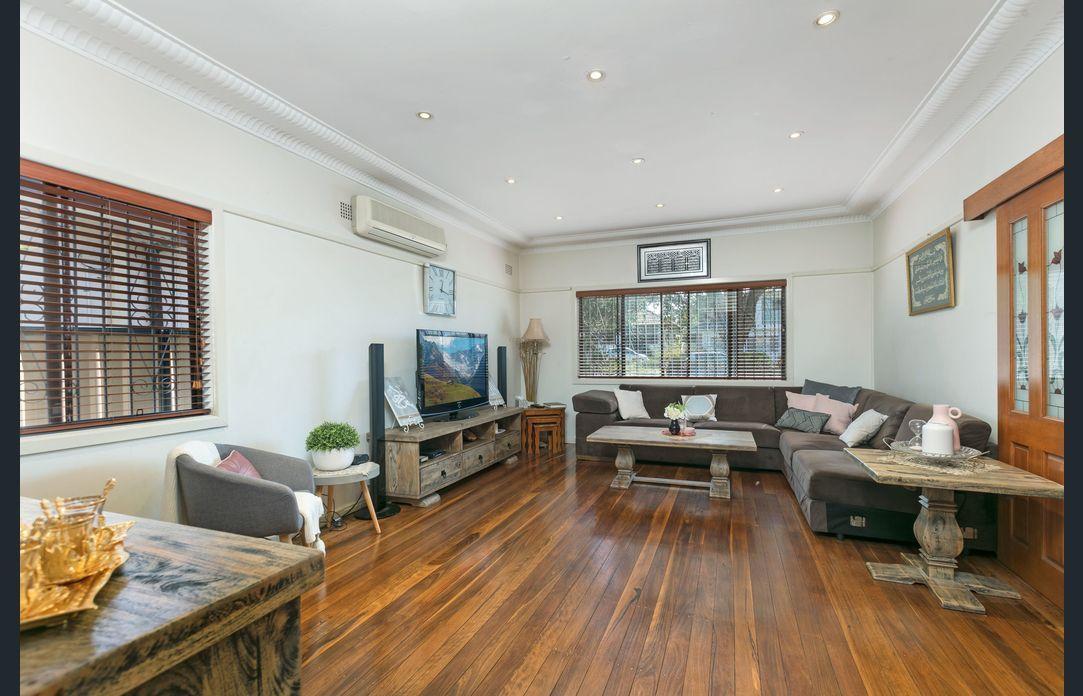 36 Warwick St, Punchbowl NSW 2196, Image 1