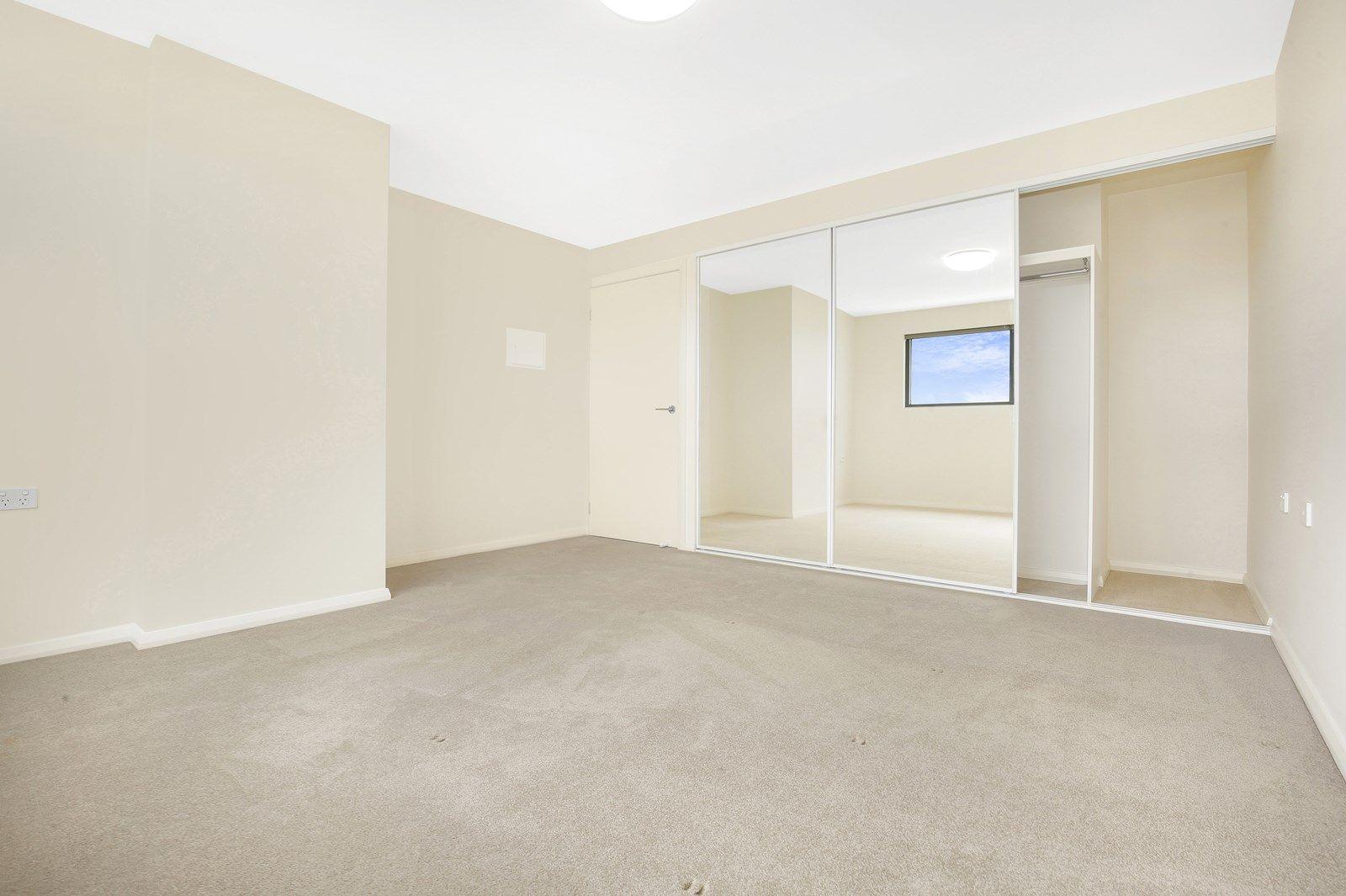 402/27 Atchison Street, Wollongong NSW 2500, Image 2