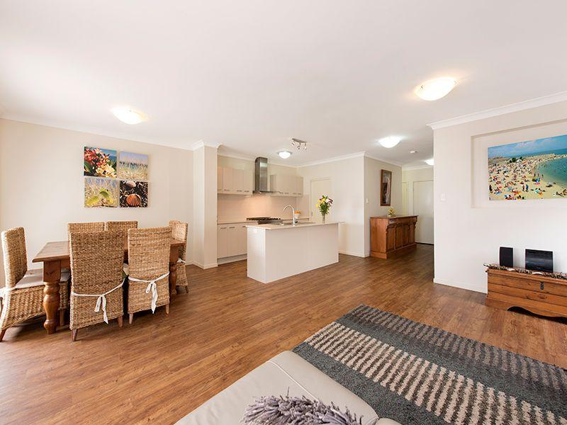 7 McMullan Close, Gumdale QLD 4154, Image 1