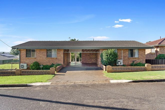Picture of 1 & 2/5 Perkins Street, SOUTH TOOWOOMBA QLD 4350