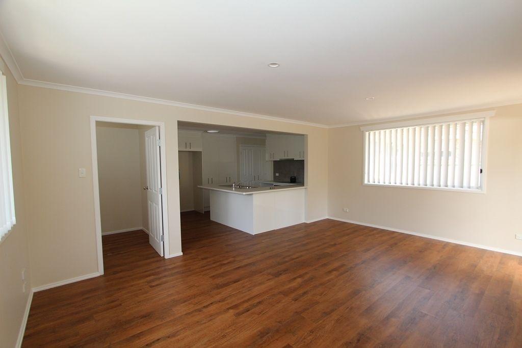 9 Wilson Street, Moss Vale NSW 2577, Image 2
