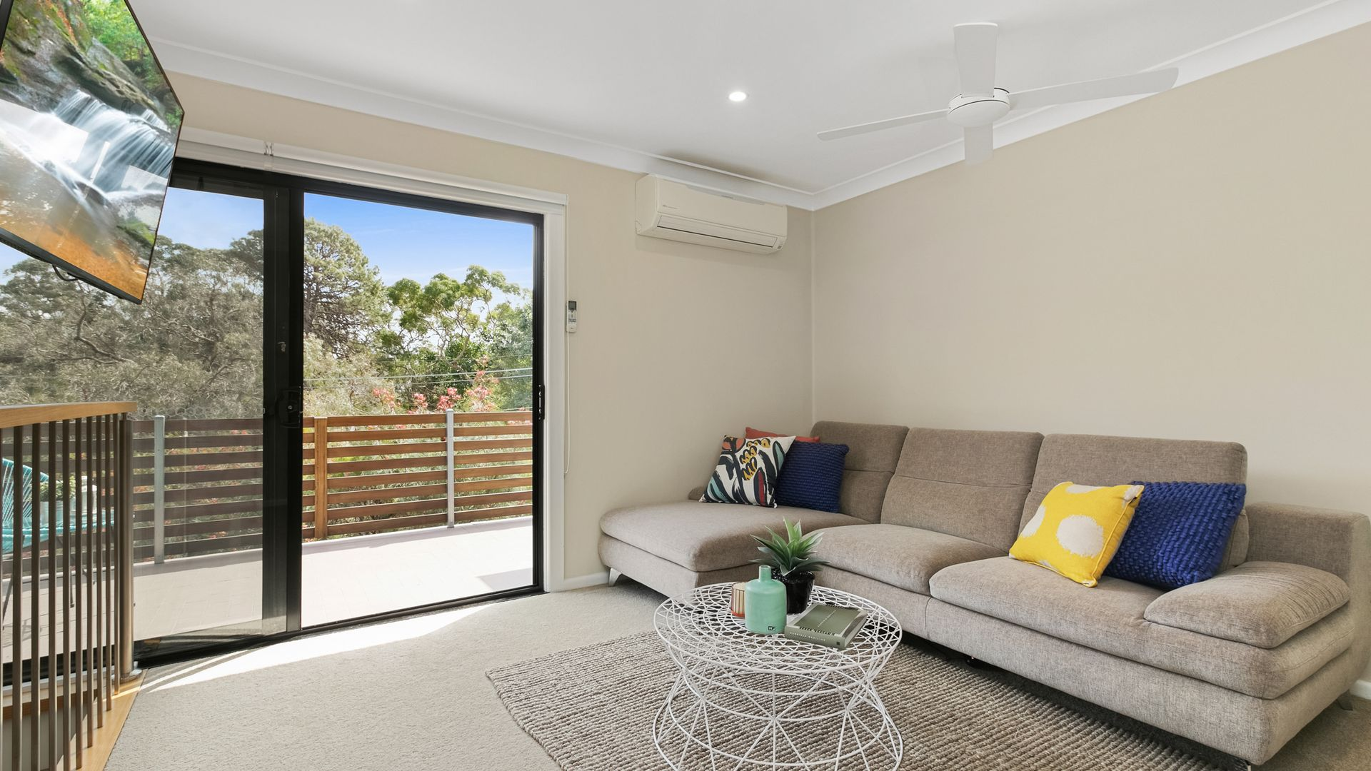 8 Burraddar Avenue, Engadine NSW 2233, Image 2