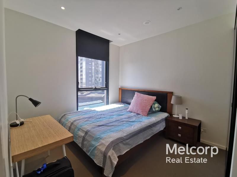 2704/27 Therry Street, Melbourne VIC 3000, Image 2