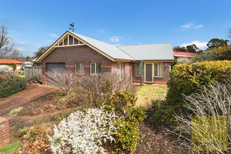 7B Fiona Place, Armidale NSW 2350, Image 0