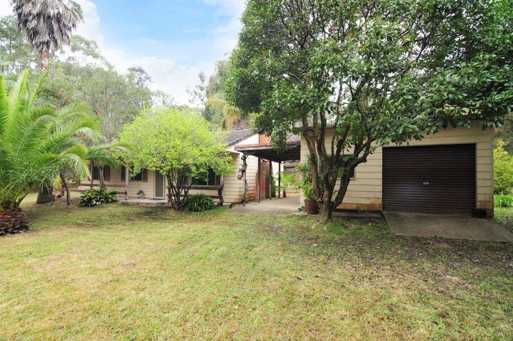 11 Seasongood Road, Woollamia NSW 2540