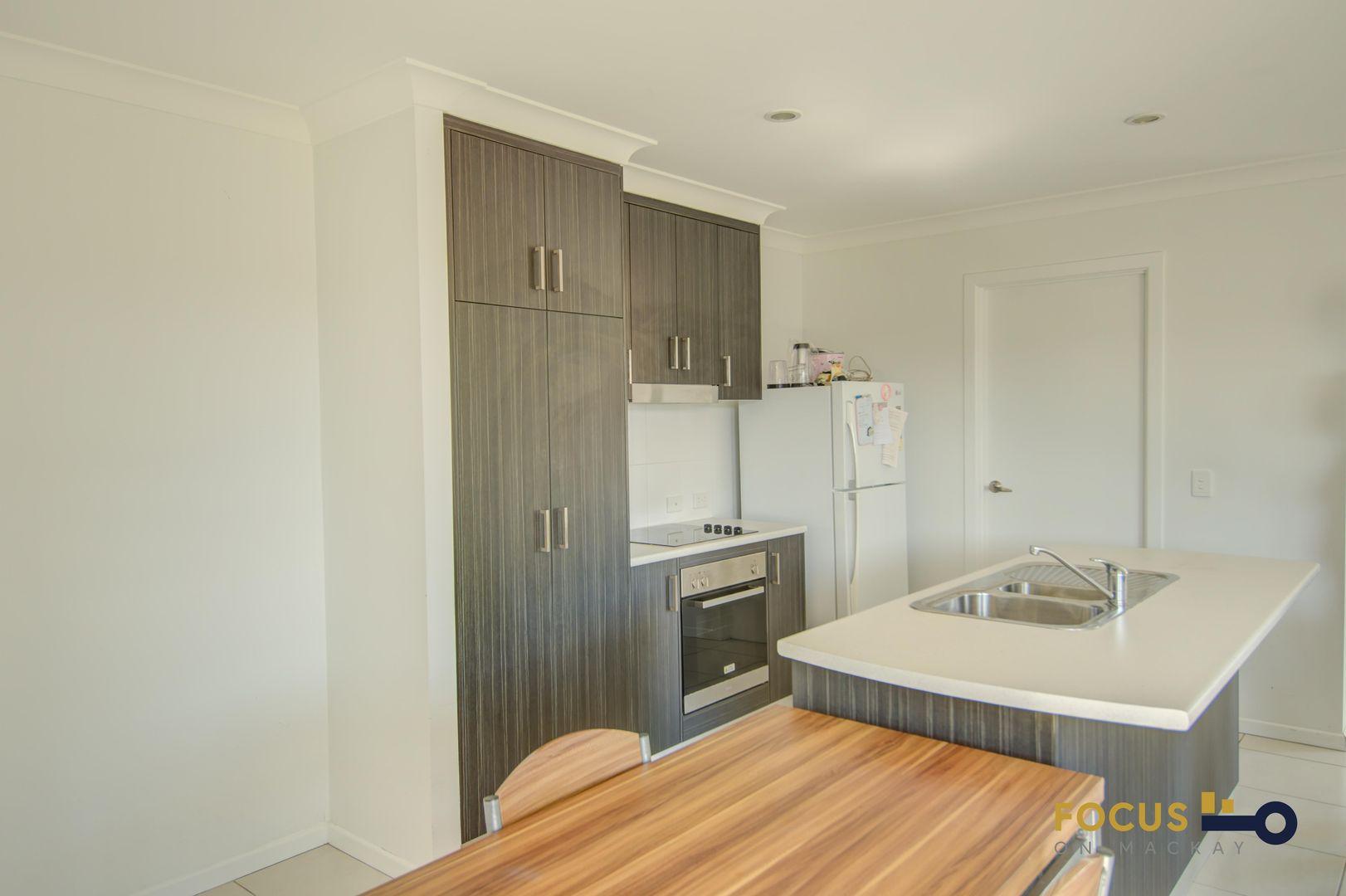 22 Maranark Avenue, Mount Pleasant QLD 4740, Image 2