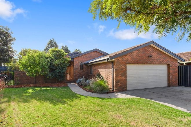 Picture of 10 Pia Court, TAYLORS LAKES VIC 3038