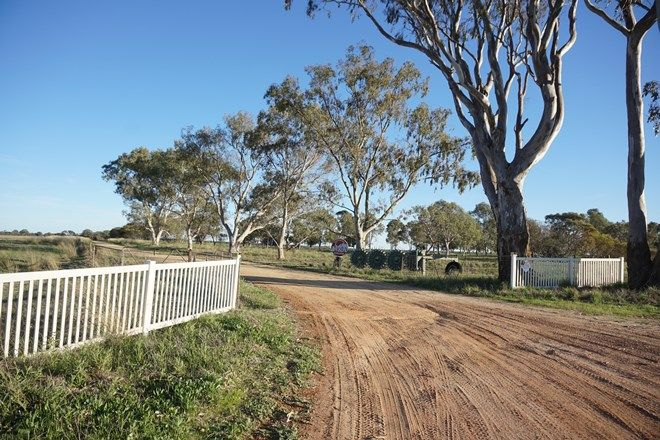 Picture of 2187 PRICES ROAD, COOMBERDALE WA 6512