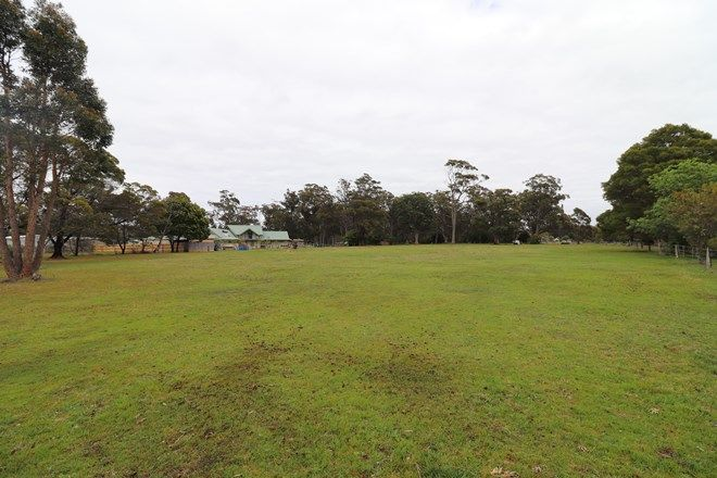 Picture of 5 South Gateway, MALLACOOTA VIC 3892