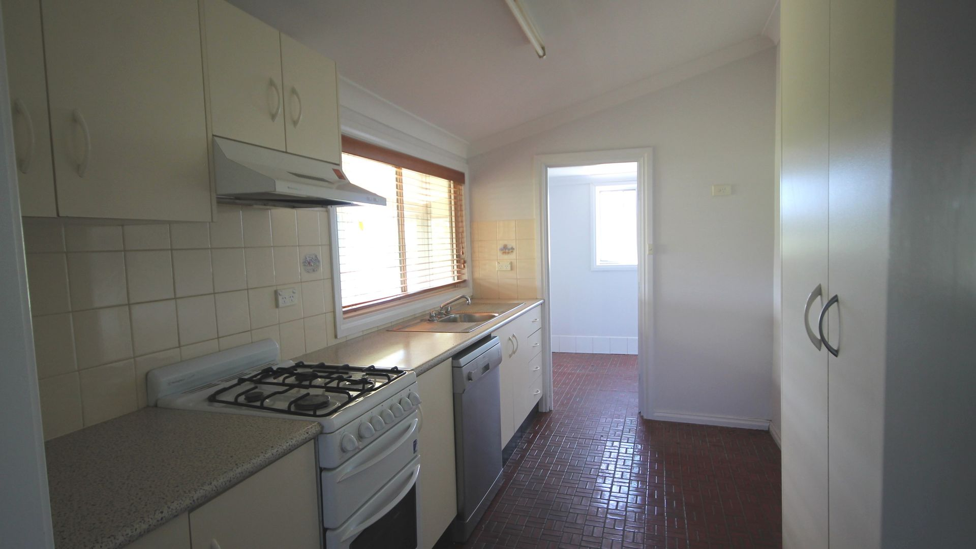 63 Templemore Street, Young NSW 2594, Image 1