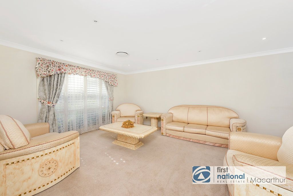 17 Glenfield Road, Glenfield NSW 2167, Image 1