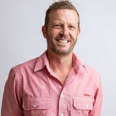 Lee Curnow, Sales representative