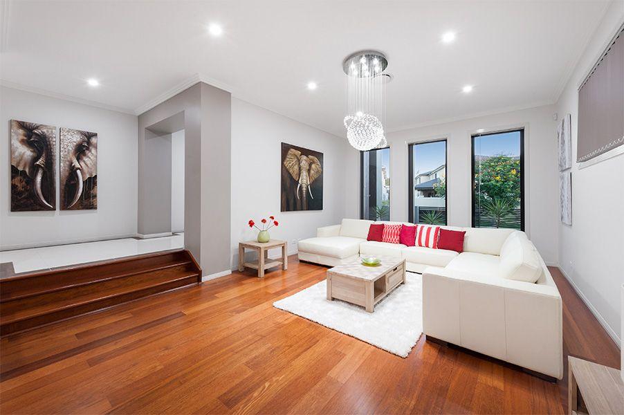 16 Elderbury Place, Stretton QLD 4116, Image 2
