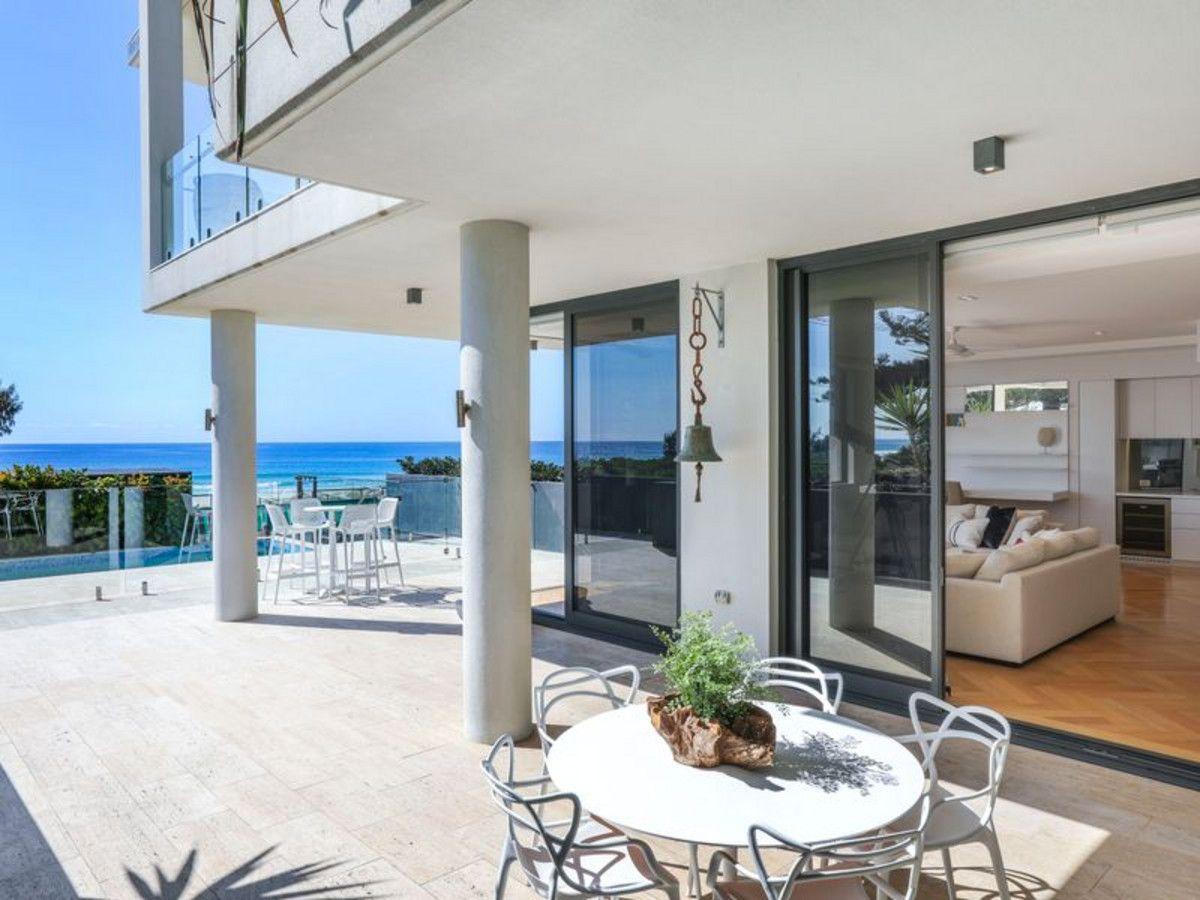 1/470 The Esplanade, Palm Beach QLD 4221, Image 2