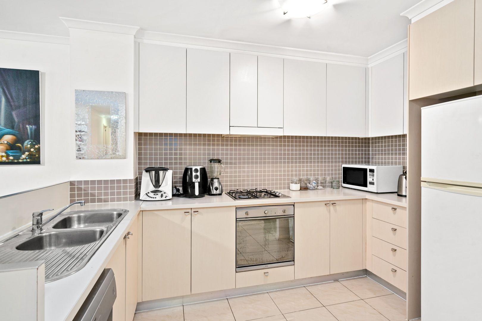 464/80 John Whiteway Drive, Gosford NSW 2250, Image 1