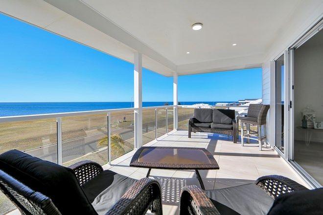 Picture of 29 Sea Esplanade, ELLIOTT HEADS QLD 4670
