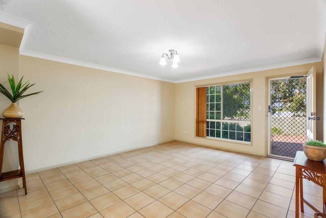5/36 Cortess Street, Harristown QLD 4350, Image 2