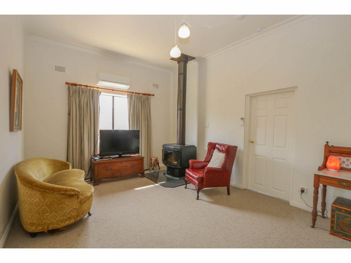 101 Morrisset Street, Bathurst NSW 2795, Image 2