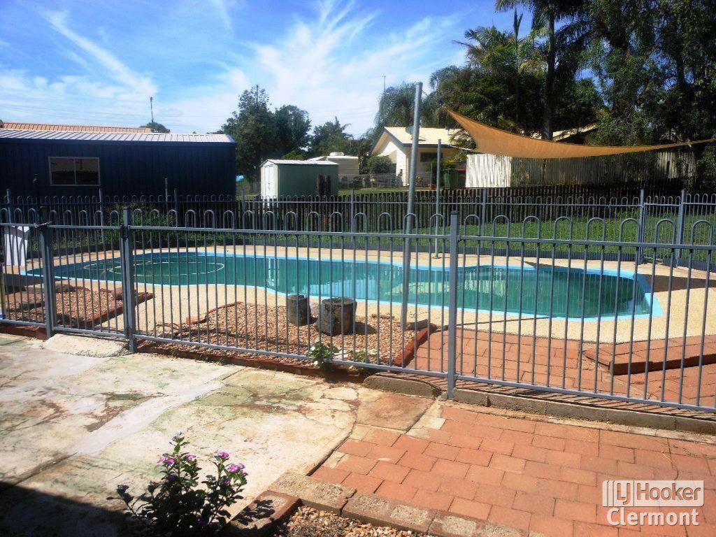 13 Athol Court, Clermont QLD 4721, Image 1