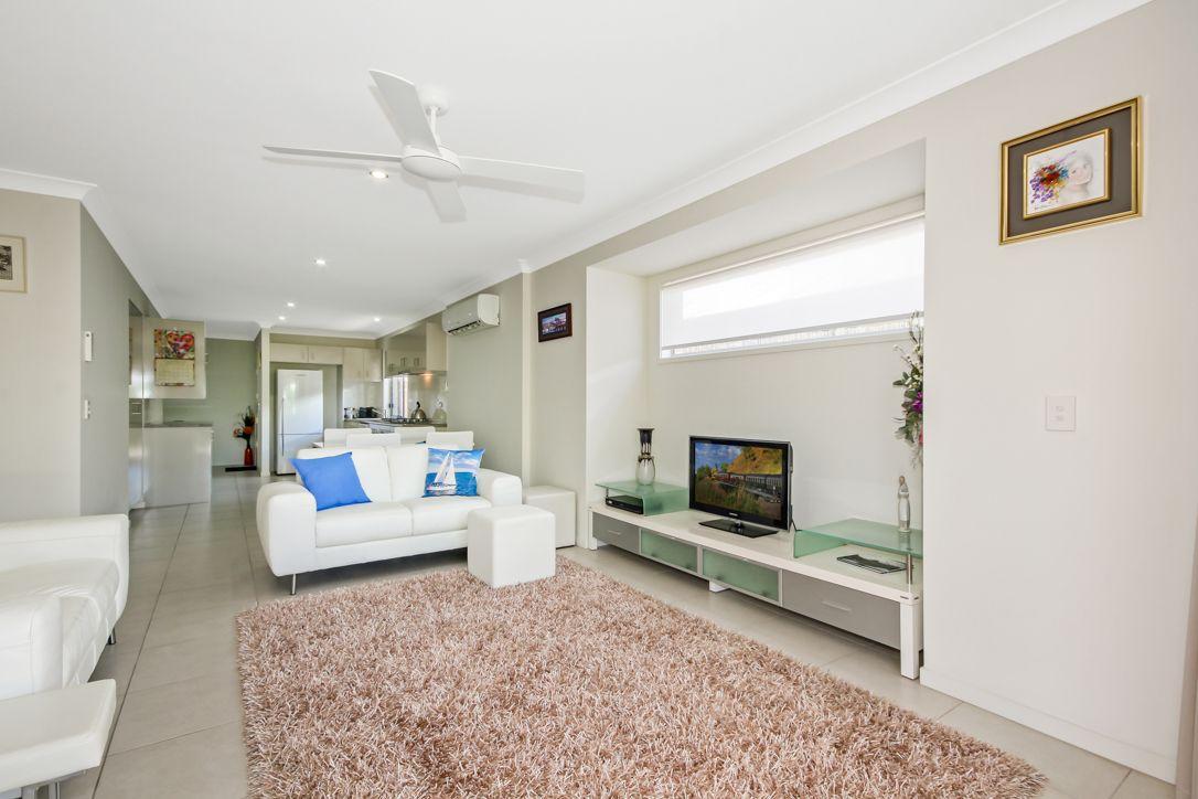 11 Sky Street, Caloundra West QLD 4551, Image 2