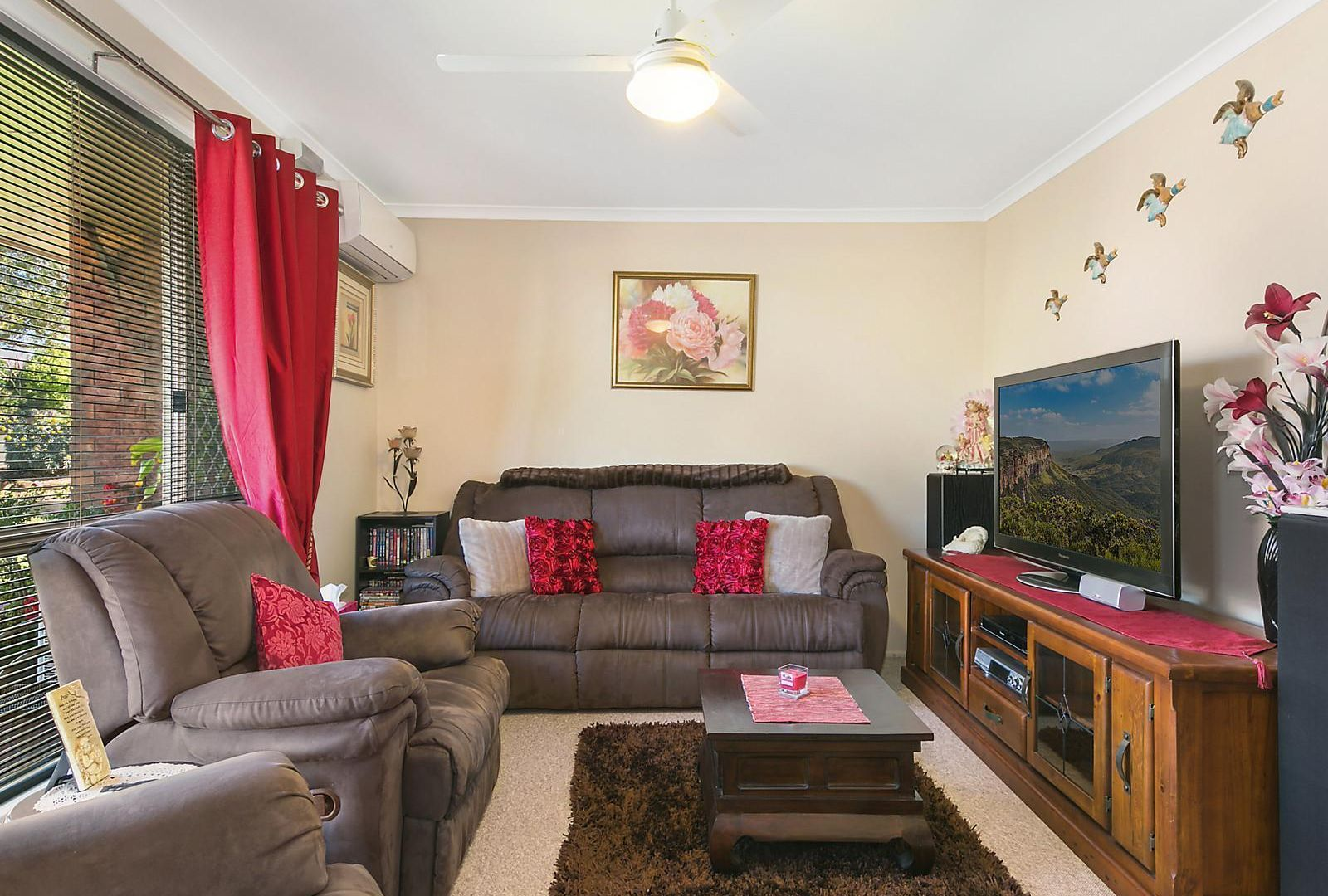 9 Coolawin Court, Wilsonton Heights QLD 4350, Image 2