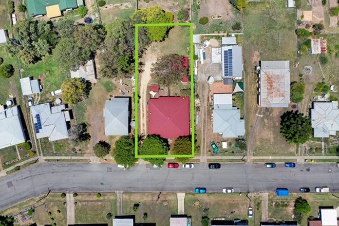 Picture of 9 Golf Avenue, BOONAH QLD 4310