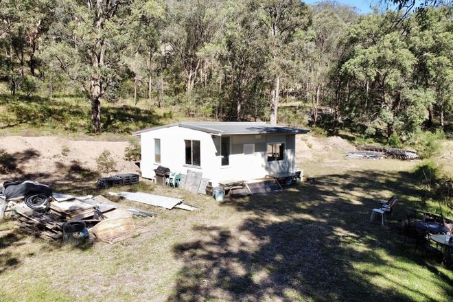 Picture of 241 Box Gap Rd, PUTTY NSW 2330