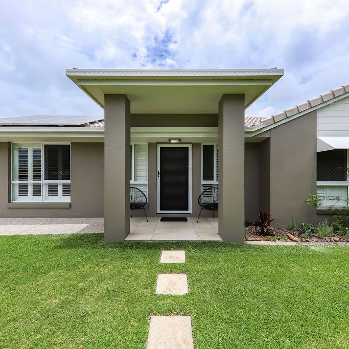 4 Ninderry Close, Battery Hill QLD 4551, Image 0